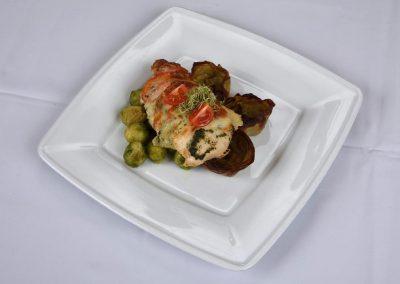 mozarellas_paradicsomos_csirke_steak