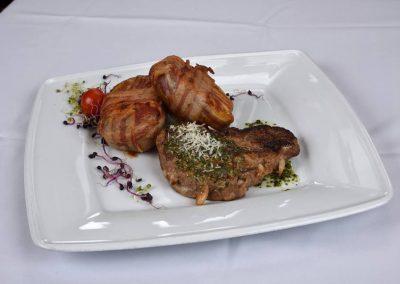sertes_tarja_steak_tuzdelve_parmezanos_pestoval